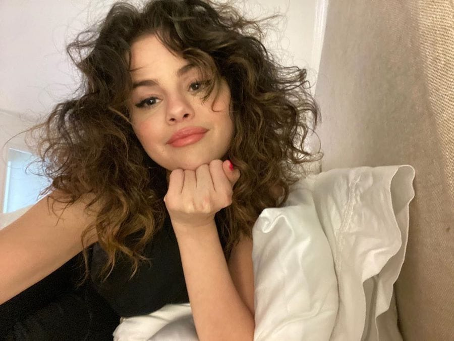Selena Gomez Sports Rare Beauty Makeup